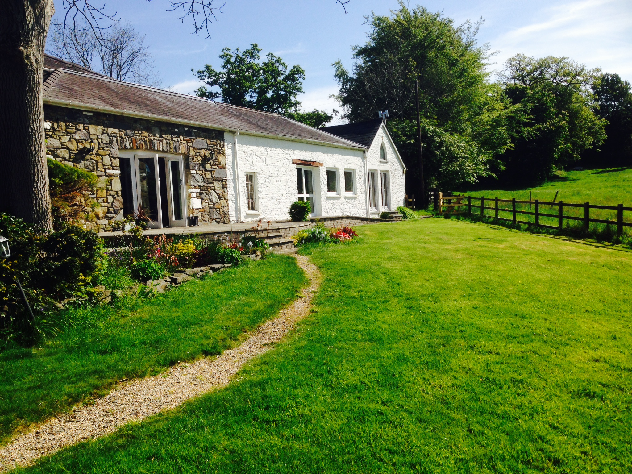 lampeter accommodation, things to do in ceredigion